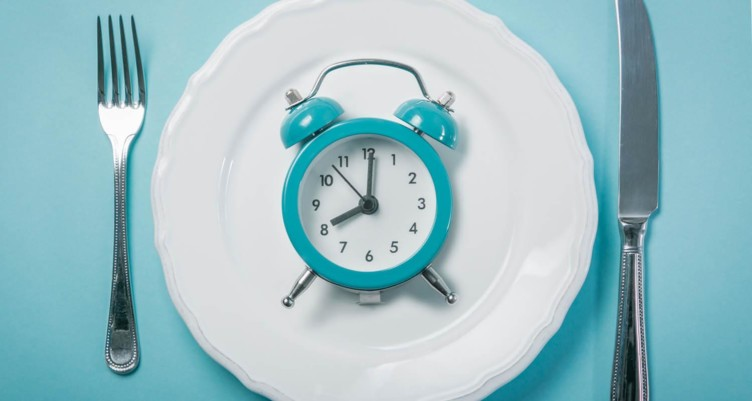 Clock on white plate
